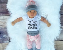 Baby Girl Coming home Outfit Set,Oh Deer.. Look Who's Here, Country,Deer Outfit,Newborn,Light Pink Gray,White,leggings,hat,Headband