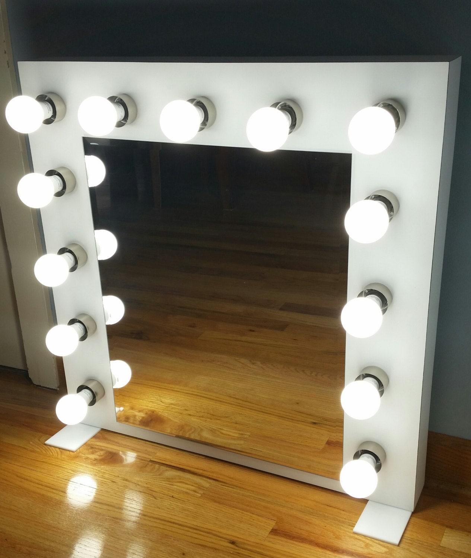 custom built vanity mirror with lights. Black Bedroom Furniture Sets. Home Design Ideas