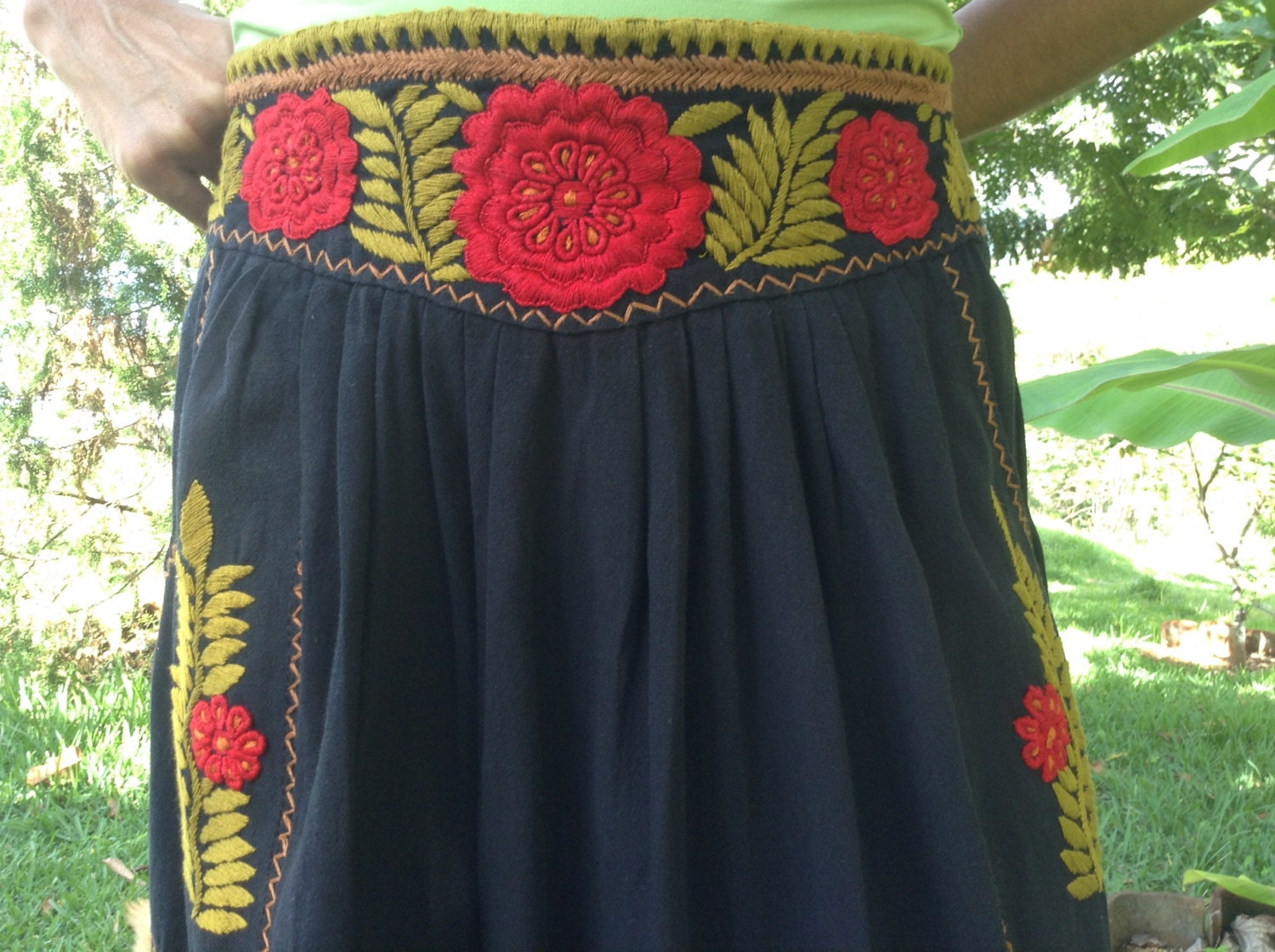 Free shipping mexican embroidered skirt black cotton by