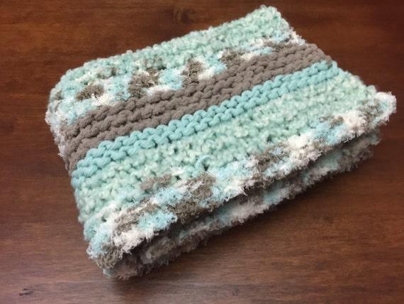 Crochet Patterns Using Bernat Home Bundle : Hand-Knit Baby Blanket // Chunky Knit Blanket // Bernat Baby Bundle ...
