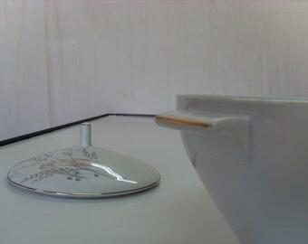 Hutschenreuther Arzberg Porcelain Tureen