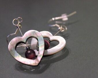 Black Shell Dangling Heart Shaped Earrings