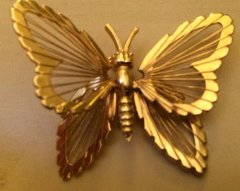 Vintage wire intricate butterfly brooch