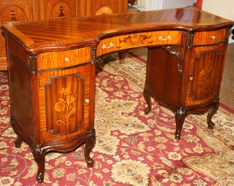 Luscious French Walnut & Satinwood Lady's Vanity Small Desk C1920s MINT Restored