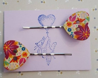 Handmade wooden heart button bobby pins - set of two floral wooden heart button bobby pin hairclips