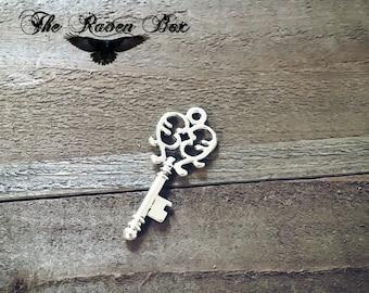 "Silver Skeleton Key Steampunk Key Antiqued Silver Key Charm Pendant Double Sided 33mm/1.25"" Wedding Key Escort Card Key Charms by the Piece"