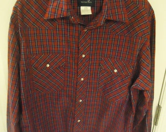 Retro Wrangler Red Plaid Western Snap Front Men's Shirt size Large