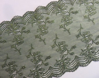 2m dark green stretch lace, 17cm wide