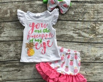 Pineapple set with matching bow