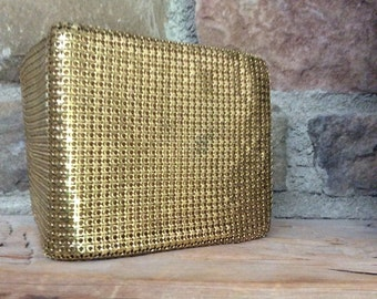 Gold mesh wallet