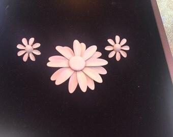 white enamel brooch clip on earring set vintage flower daisy
