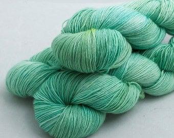 Seaglass on Surf, Merino Single, Soft spun fingering weight idie dyed yarn