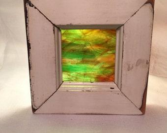 Amber/green streaky glass