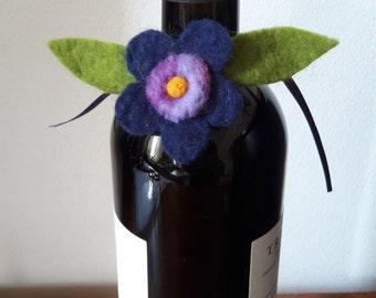 Felt decorations for wine bottle