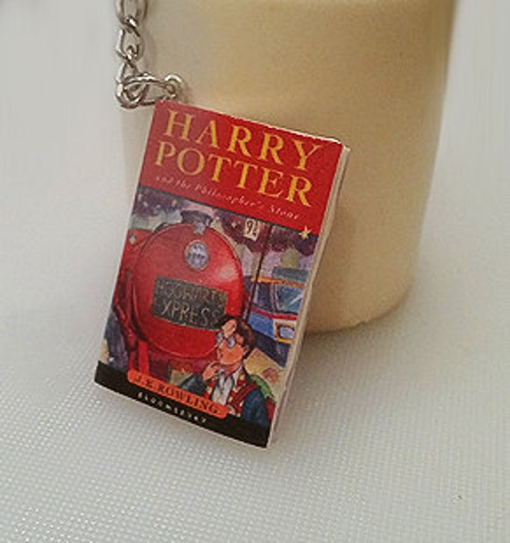 Harry Potter Mini book keyring charm