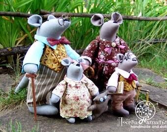 Happy rats family