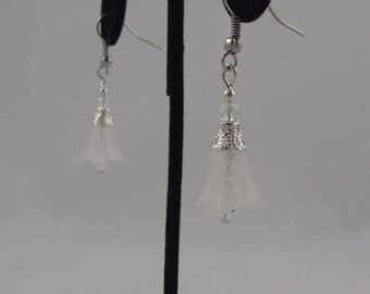 White Flower Dangling Earrings