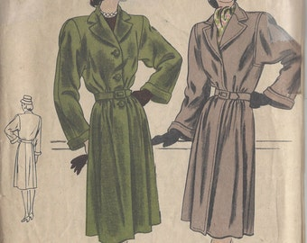 "1940s Vintage VOGUE Sewing Pattern B36"" COAT (97) Vogue 5512"
