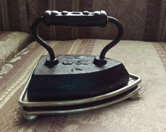 Vintage Cast Iron IXL 8 Sad Iron Door Stop/ Flat Iron And Cooling Base