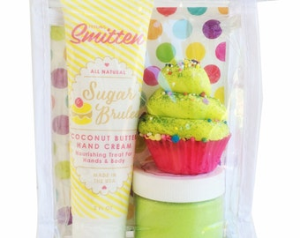 Discontinued Feeling Smitten Travel Set Gelato Lotion Mini Cupcake Bath Bomb