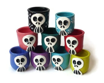 Ceramic Shot Glass - Skully Ceramic Shot Cup with Skull