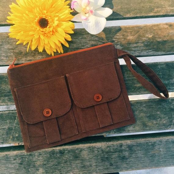 Brown Corduroy Wristlet Wallet, Wristlet Purse, Corduroy Wristlet, Clutch Wristlet, Brown Zipper Wallet, Dorothy Wristlet Wallet