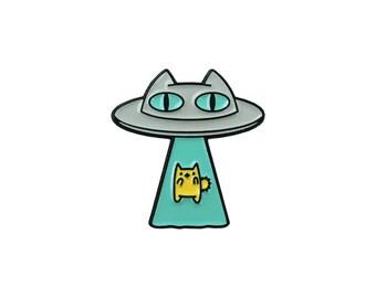 Alien Abduction Cat Enamel Lapel Pin • Teal