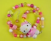 Pink and Yellow Kitty Necklace - Plastic figure and beads, pastel colours, cute and kitsch, Fairy Kei, Sweet Lolita, Harajuku Decora, retro