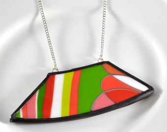 Wide Rim Broken China Jewelry Necklace  - Pink and Green Modern