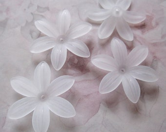 10 pcs. frosted plastic flower beads 35mm - r279