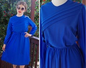 BLUEBERRY 1970's 80's Vintage Blue Light Polyester Long Sleeve Secretary Dress // by AVON Fashions // size Medium