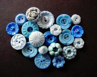 Lovely Lot of Various Blue Vintage Flower Designed Plastic Buttons