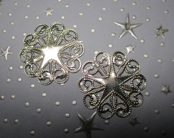 Filigree Star Scalloped Medallion Silver Tone Charm Stamping on Etsy x 2