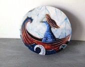Beach girl art, shabby chic, Graduation gift, She never turned her back on the sea, one of a kind Mounted Print on round wood slice