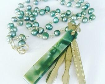 Vintage necklace, manicure set, Vintage Vanity, Freshwater Pearl Necklace, Statement Necklace