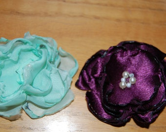 Fabric flower hair clip  / Brooch