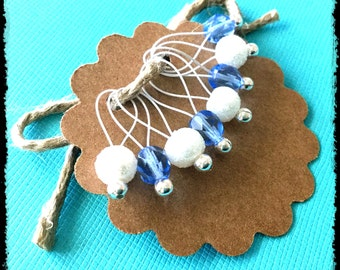 Snag Free Stitch Markers Medium Set of 8 - Blue and White Czech Glass - M20 -- For up to size US 11 (8mm) Knitting Needles