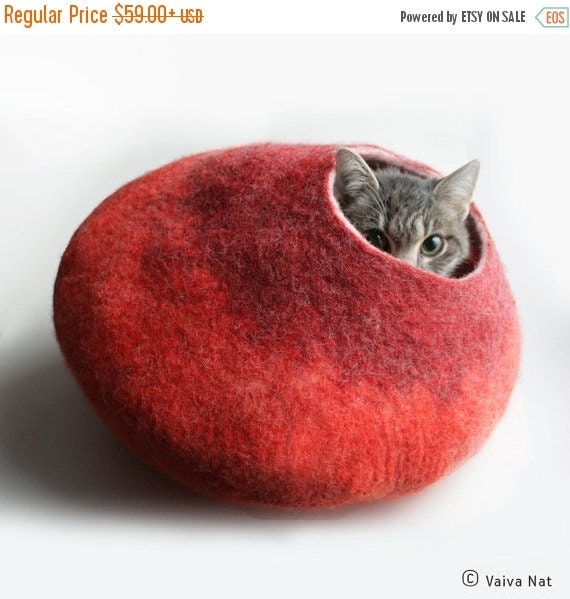 ON SALE till 30.09 Cat Nap Cocoon / Cave / Bed / House / Sleep Vessel - Hand Felted Wool - Crisp Contemporary Design - READY To Ship Warm Or