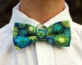 Boys blue green bow tie, boy's floral bow tie, woven cotton bow tie, boys wedding bow tie, spring wedding bow tie, funky tie, baby toddler