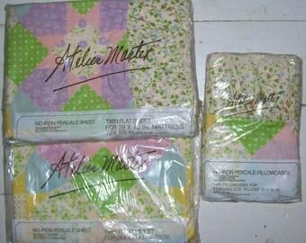 Atelier Martex Sheet Set Gloria Vanderbilt Twin 2 Pillow Case Pastel Quilt  Ruffle Calico Lilac Green  NIP Flat Fitted New Vintage Fabric