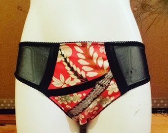 Vintage kimono silk and sheer mesh hipster knickers/lingerie/burlesque size 10-12 UK/AUS