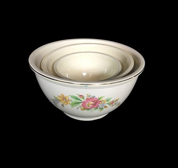 Vintage Kitchen Bowls: Vintage Nesting Bowls Mixing Bowls Serving Bowls Kitchen