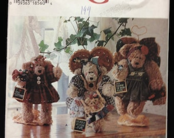 """Simplicity Crafts 7000 Sewing Pattern - 12"""" Bear and Clothes"""