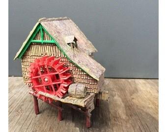 Vintage Aquarium Bubbling Mill Ornament - by Penn Plax - Made in Hong Kong