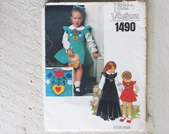 Vintage Uncut Little Vogue 1490 Dress and Blouse Pattern - Size 6 Girl