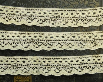 44in Vintage Hand Crocheted Lace Trim