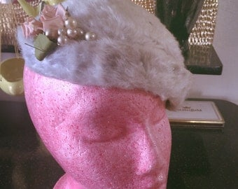 SALE Vintage 1940s Hat faux fur with flower accent gray pink Old Hollywood Swing Rockabilly 1950s 40s 50s
