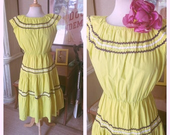 Vintage 1940s Dress Lime Green Peasant Ruffle rickrack Swing Rockabilly Pinup M L TLC VLV