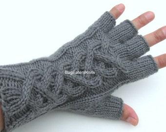 WOMEN'S Cabled Gloves, Fingerless gloves, Texting gloves, Gray Fingerless Gloves
