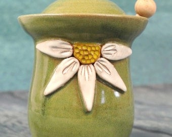Daisy Honey Pot